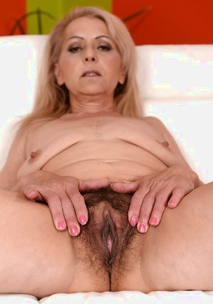 Most beautiful older women hairy pussy