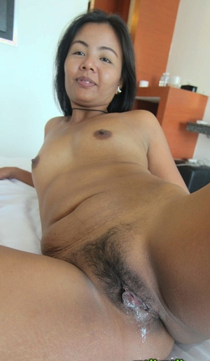 Thai old hairy pussy gallery