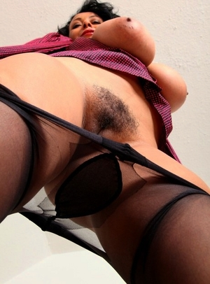 Lady hairy pussy gallery