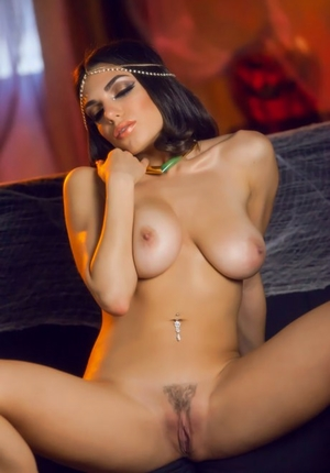 Magnificent solo model Darcie Dolce slips off Harem clothing to pose naked