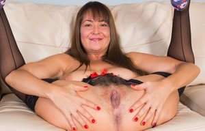 Huge-chested inexperienced Elexis Monroe releases her full pubic hair from crotchless lingerie