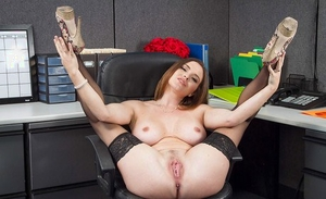Sweetie Krissy Lynn is showing off her stunning juicy melons