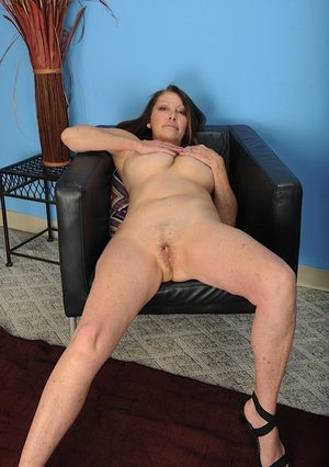 Nude hairy pussy Porn