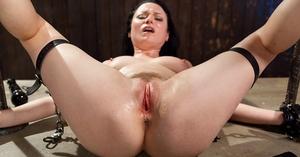 Black-haired MILF Veruca James has her shaved cunt stroked until orgasm