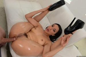 Big Wet Butts Vicki Pursue