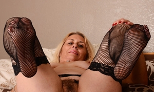 Hairy pussy licking Porn