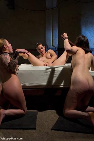Whipped Ass Bobbi Starr, Jessie Cox, Juliette March
