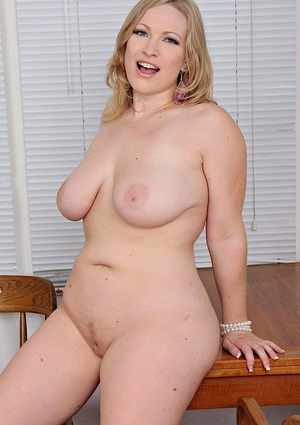 Blonde Hairy Pussy Porn