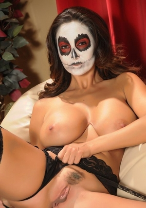 Solo model Ava Addams flaunts her nice melons with her face in makeup