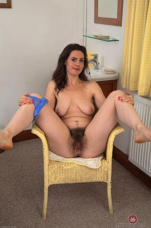Hairy Pussy Housewife Porn