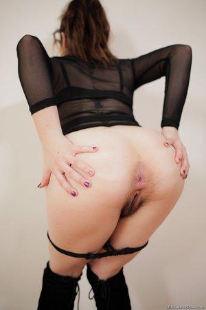 Big ass sex pics - 6