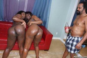 Huge black dicks into black vagina photos - 16