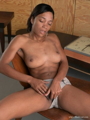 Images of black hairy masturbating pussy - 9