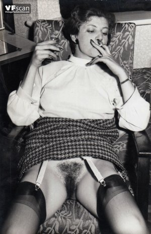 Vintage hairy pussy mom photo - 11