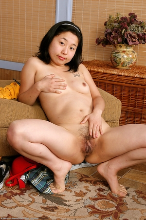 Chinese fat hairy pussy porn pics - 16