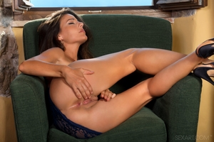 Lorena B: Spanish Queen by Don Caravaggio - 3