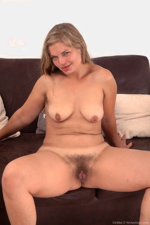 Tons of hairy pusy pic - 11
