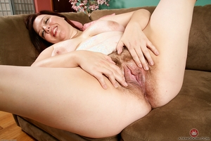 XXX lady big ass photo - 16