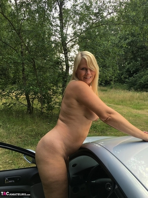 Older pussy pics - 13