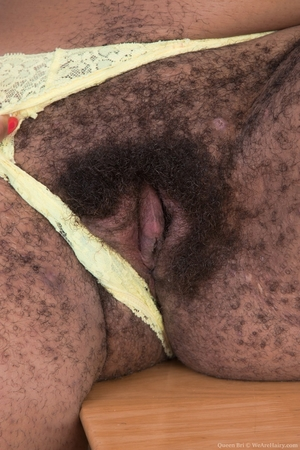 Black mature mommy hairy pussy picture - 8