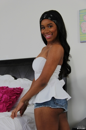 Free hairy black porn pictures - 9