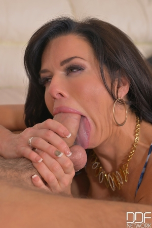 Anal squirt porn pictures - 6
