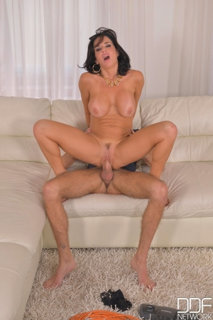 Anal squirt porn pictures - 10