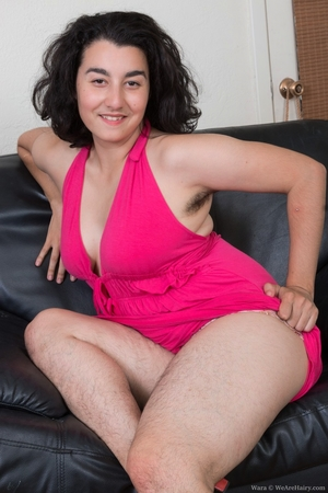 Extreme hairy girls with big calves hot pics - 2
