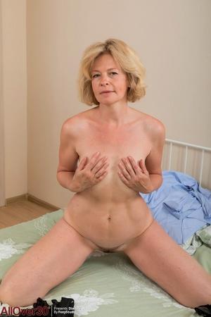Porno pussy picture - 9