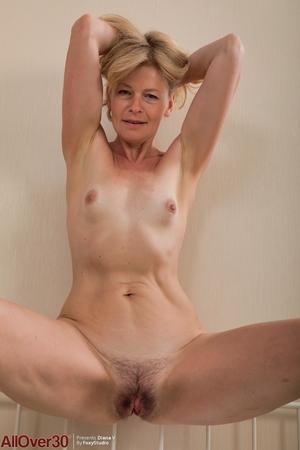 Porno pussy picture - 10