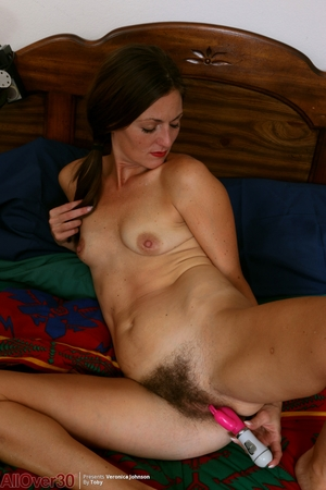 Pics galls hairy woman - 16