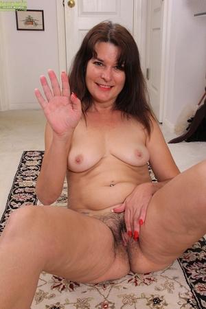 Porn women pics - 16