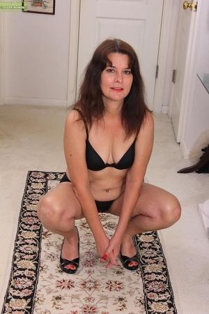 Porn women pics - 3