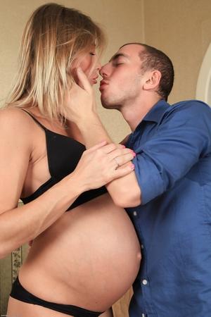 Pregnant faty vagina pic - 2