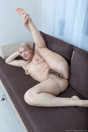 Mature pussy pictures - 12