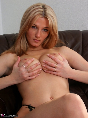Spread hairy pussy pic - 5