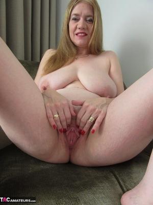 Fantastic matures pussy pics - 14
