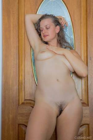 Nude models withe - 12