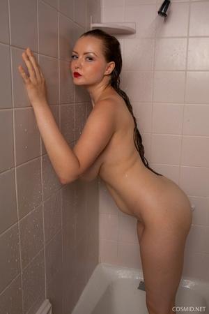 Hairy wet mature women pics - 11