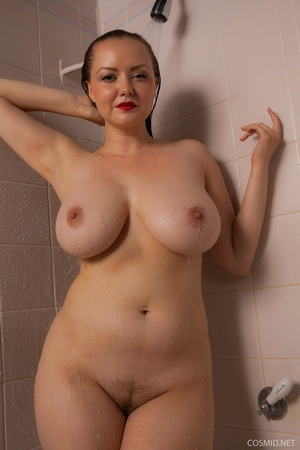 Hairy wet mature women pics - 16
