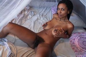 Black hairy XXX picture - 9