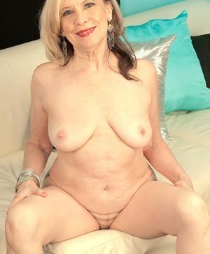 XXX old women naked - 10