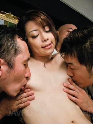 Skinny hairy Chinese pussy face sitting pics - 2