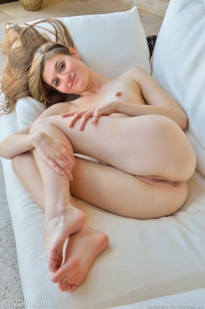 Pussy wide open photos - 8