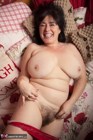 XXX pussy hairy fat pic - 20