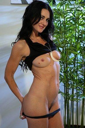 Dick inside milf hairy pussy pics - 5