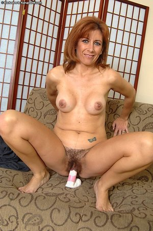 Mature hairy pussy - 14
