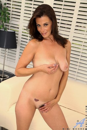 Mature hairy pussy pictures - 15