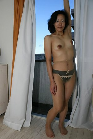 Aged hairy pussy galleries - 8