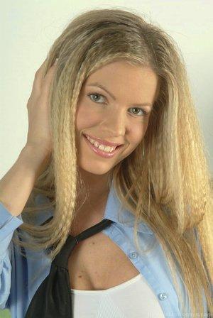 Hairy schoolgirl pussy pics - 4